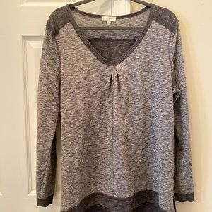 Grey knit light pullover/sweater